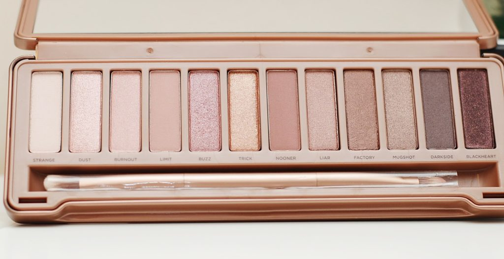 Naked 3 Urban Decay kolory